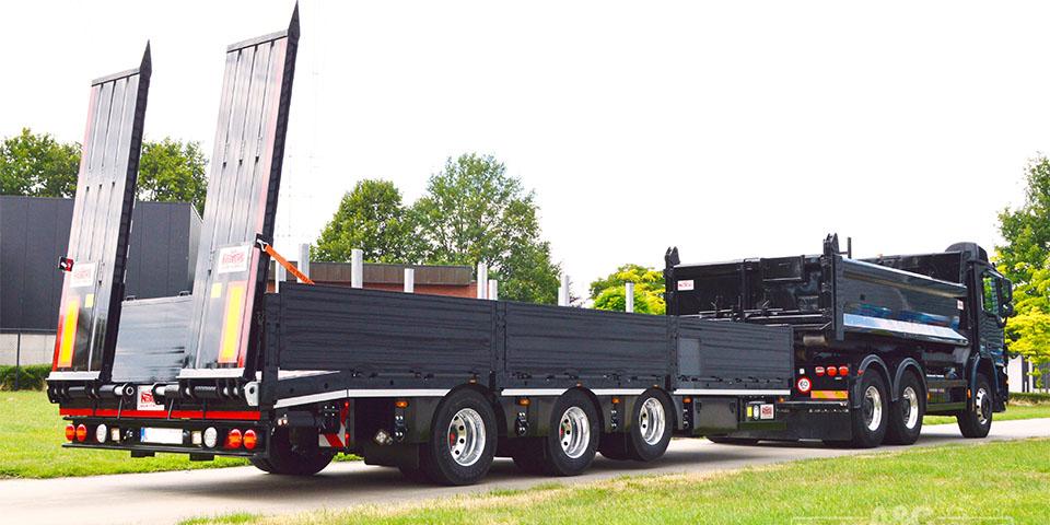 tridem-dieplader-aanhangwagen-met-aluminium-velgen-liftas-meeloopas-aluminium-rampen-kopieren