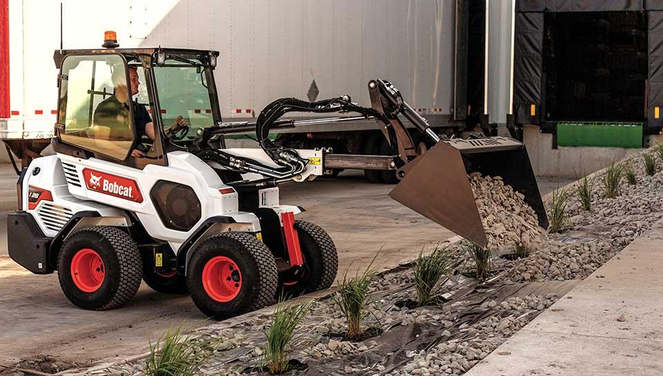 Bobcat-Small-articulated-loader-L28-4-